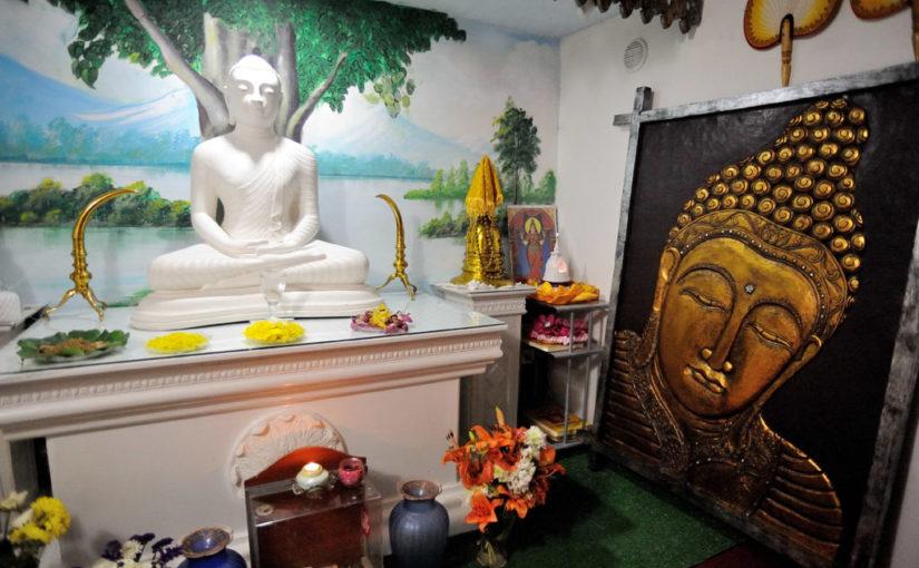 IL VIAGGIO (4) – Ancora in Sri Lanka: un tempio buddhista a salita Pontecorvo, poco sopra piazza Dante